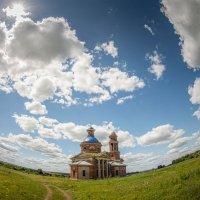 Разрушенный храм в Тульской области. :: Николай Галкин