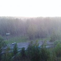 пришла туча и принесла ливень :: Владимир