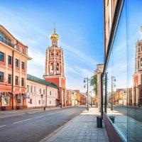 Колокольня и отражение :: Юлия Батурина