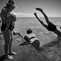 не утонет в речке мяч :: Андрей Пашис