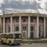 остатки речного вокзала :: Владимир Иванов