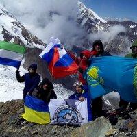 Наша международная экспедиция на Казбеке :: Михаил Шабанов