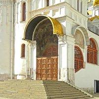 крыльцо Благовещенского собора :: ИРЭН@ .