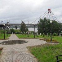 парк у храма. :: веселов михаил