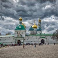 Небесная стихия над Лаврой :: Виталий Белов