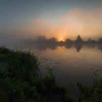 Ранним,июльским утром на реке Дубне. :: Виктор Евстратов
