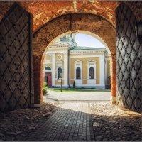 Зарайск. Ворота Никольской башни :: Виталий Белов
