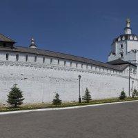 Свияжский Богородице-Успенский мужской монастырь. :: Анатолий Грачев