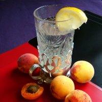 Люблю так   абрикосы! :: Евгений БРИГ и невич