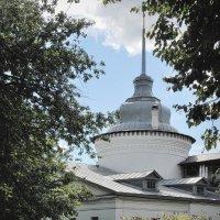 Старый Ярославль на прозрачной акварели, в Ярославском музее-заповеднике :: Николай Белавин
