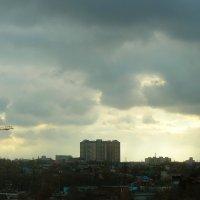 Тучи над городом встали... :: Татьяна Р