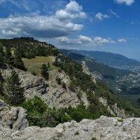 В горах над Ялтой (панорама) :: Игорь Кузьмин
