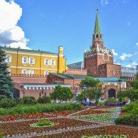 Вид на Боровицкую башню Московского кремля :: Александра