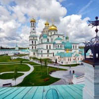 Монастырь :: Леонид Иванчук