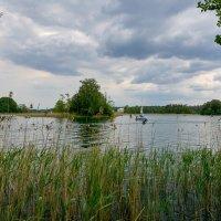 Вид на озеро :: Genych Bartkus