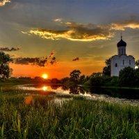 Закат на Нерли... :: АЛЕКСАНДР СУВОРОВ