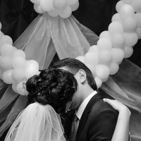 Скромный поцелуй :: Ричард Петров