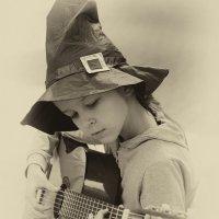 Девочка с гитарой :: Вячеслав Побединский