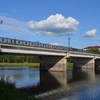 Великие Луки. Центральный мост через реку Ловать :: Владимир Павлов