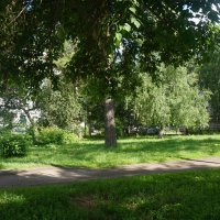 Уголок двора :: Олег Афанасьевич Сергеев