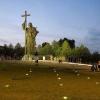 Памятник Владимиру Великому в Москве. :: Евгений Седов