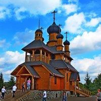 Деревянный храм :: Vladimir Semenchukov