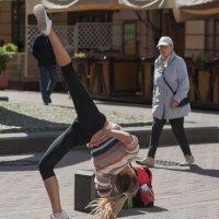 Танцы с элементами акробатики :: Александр Степовой