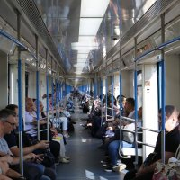 Продлённый вагон метро :: Валерий