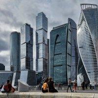 Москва-Сити... :: АЛЕКСАНДР СУВОРОВ