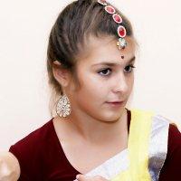 Маленькая актриса... :: Николай Меньщиков