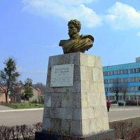 Памятник П.И.Багратион :: Сергей Карачин