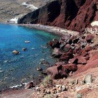 Красный пляж на о Санторини. :: Любовь