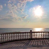 Море и солнце. :: Наталья Юрова