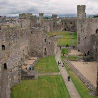 Замок Карнарвон (Caernarfon Castle) из серии ЗАМКИ ВЕЛИКОБРИТАНИИ :: Олег Неугодников