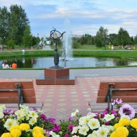 Плавающий фонтан :: юрий Амосов