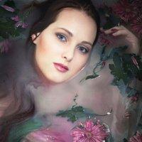 Цветы в молочной ванне :: Елена Шацкая