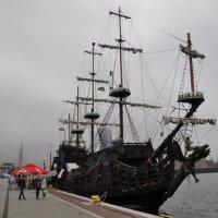 пиратский корабль :: Юрий Соколов