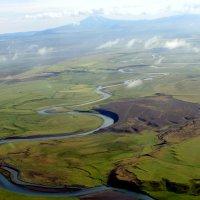 Вид на речку с высоты :: Геннадий Мельников
