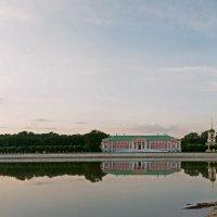 Панорама Большого дворцового пруда и усадьбы Кусково :: Надежда Лаптева