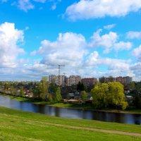 Город у реки :: Денис Матвеев