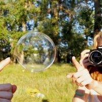 Мыльный пузырь :: Оксана Гуляева