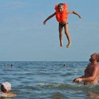 Возвращение в воду :: Антон Богодвид