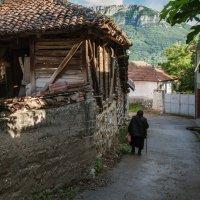 C в сербской деревне :: Evgeny Kornienko