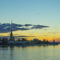 Петропавловка на рассвете :: Valerii Ivanov