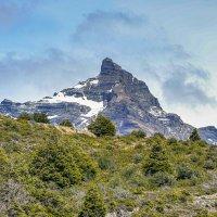 Одинокая гора... :: Владимир Жданов