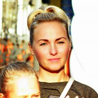 В солнечных лучьях... :: Андрей Головкин