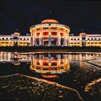 Назарбаев Университет отражение после дождя :: Александр (sanchosss) Филипенко