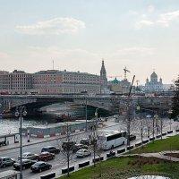 Вид с моста Зарядья :: El Кондукова