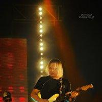Рок-концерт... :: Владимир Деньгуб
