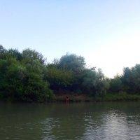 Мальчик у реки :: Сергей Анатольевич